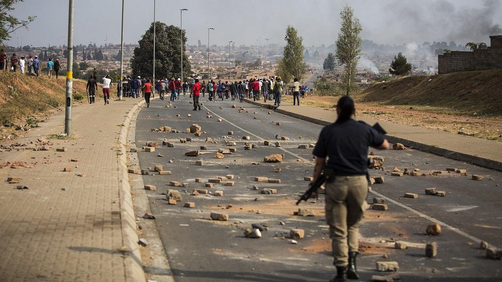 Bénin: Un policier tué dans l'attaque d'un poste de police près de la frontière burkinabè