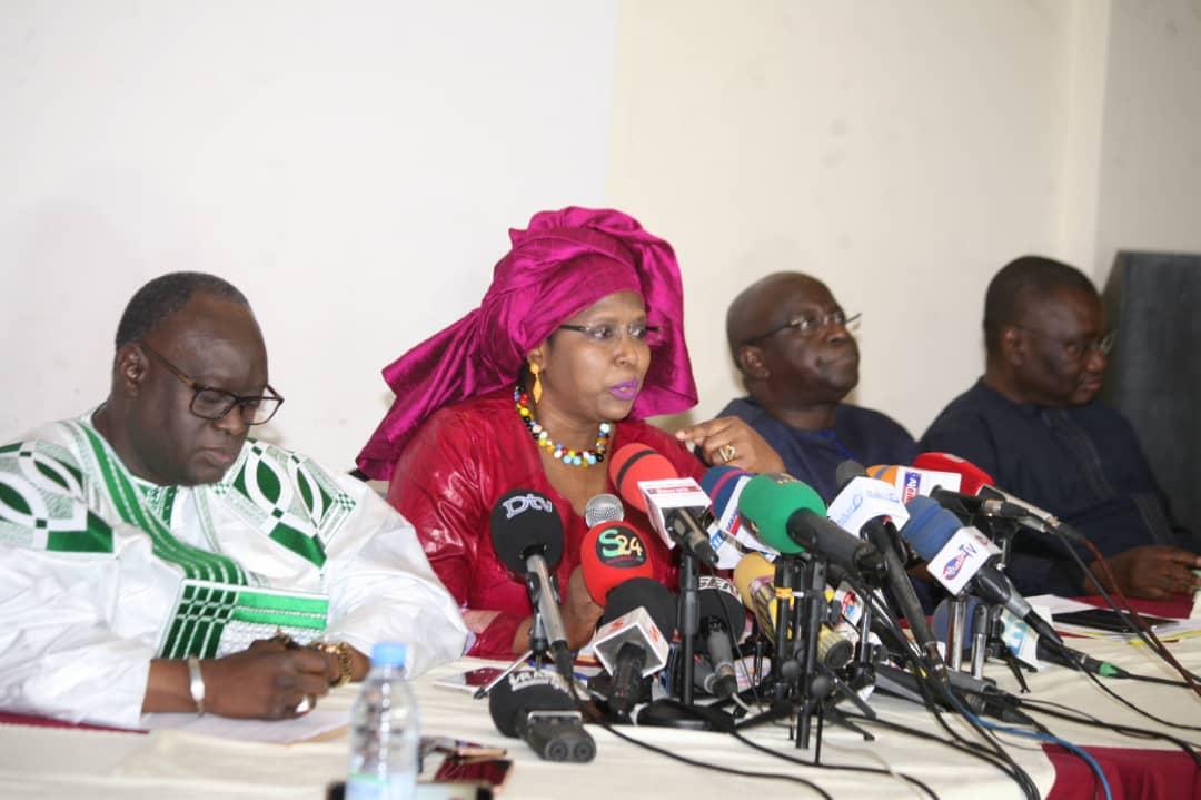 «Dossier du Coud »: Les avocats de Cheikh Oumar Anne « déshabillent » Pape Alé Niang et ses complices