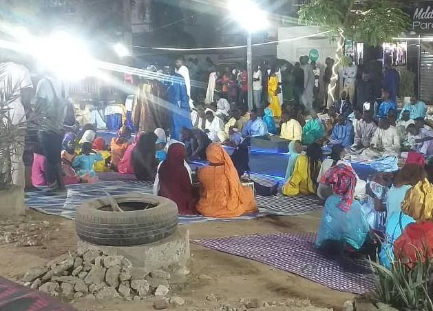 Sicap Foire: Sokhna Aïda Diallo barre la route pour un thiant, pour 2 jours, les automobilistes en colère