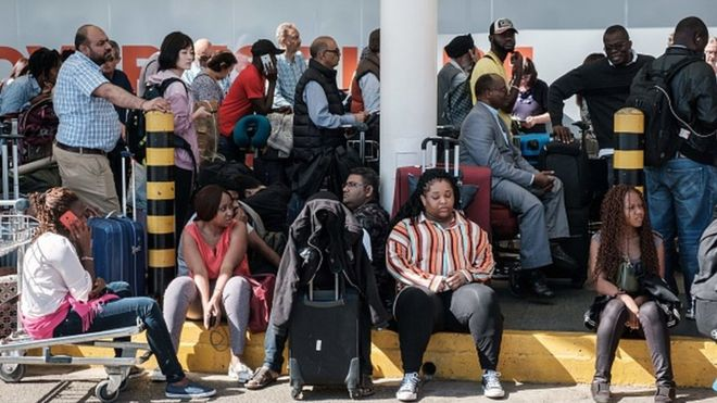 Air Sénégal: Après Barcelone, plusieurs passagers bloqués à Paris