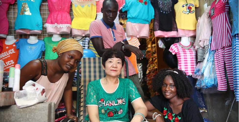 Les commercants sénégalais, « charognards économiques » ne s'illustrent pas dans  l'effort de guerre, comparés aux commercants chinois de Petersen qui ont donné 246 millions FCfa