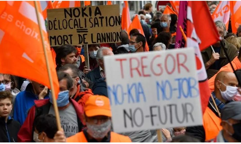 Plusieurs milliers de manifestants à Lannion contre les suppressions d'emplois chez Nokia