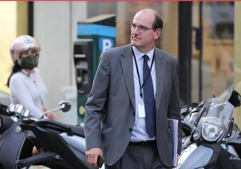 Nouveau gouvernement français: Darmanin à l'Intérieur, Bachelot à la Culture et Dupond-Moretti à la Justice