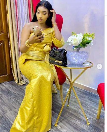 """Oumou de la série """"Golden"""" habillée comme une reine le jour de la Tabaski(Phos)"""