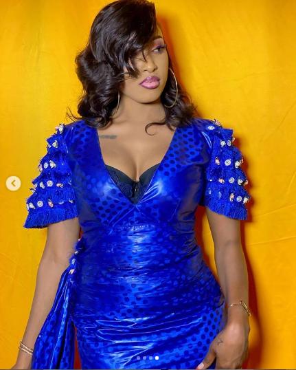 """Shasha de """"Galle no stress"""", très élégante dans une robe bazin(Photos)"""
