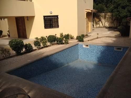 8 Villas avec piscine et 2000 M2 de terrain  Tf à vendre cause départ