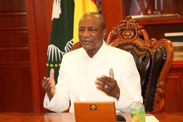 Présidentielle en vue en Guinée: les délégués de son parti invitent Alpha Condé à briguer un 3e mandat
