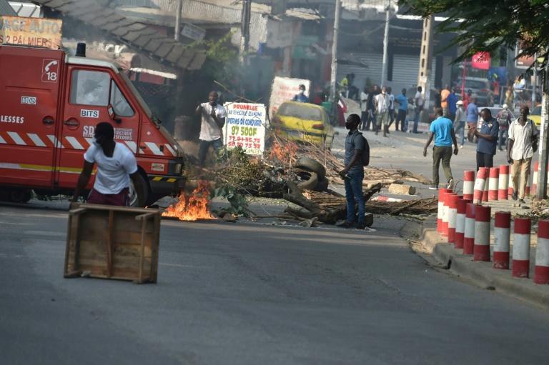 3e mandat du président Ouattara: 05 morts, des blessés graves, Abidjan en braise