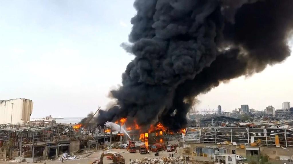 Liban: énorme incendie dans le port de Beyrouth, un mois après l'explosion