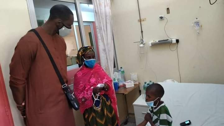 Vidéo - Une personne généreuse lui offre 1 500 000 FCfa pour subir une opération: Les remerciements de Mamadou Bâ !