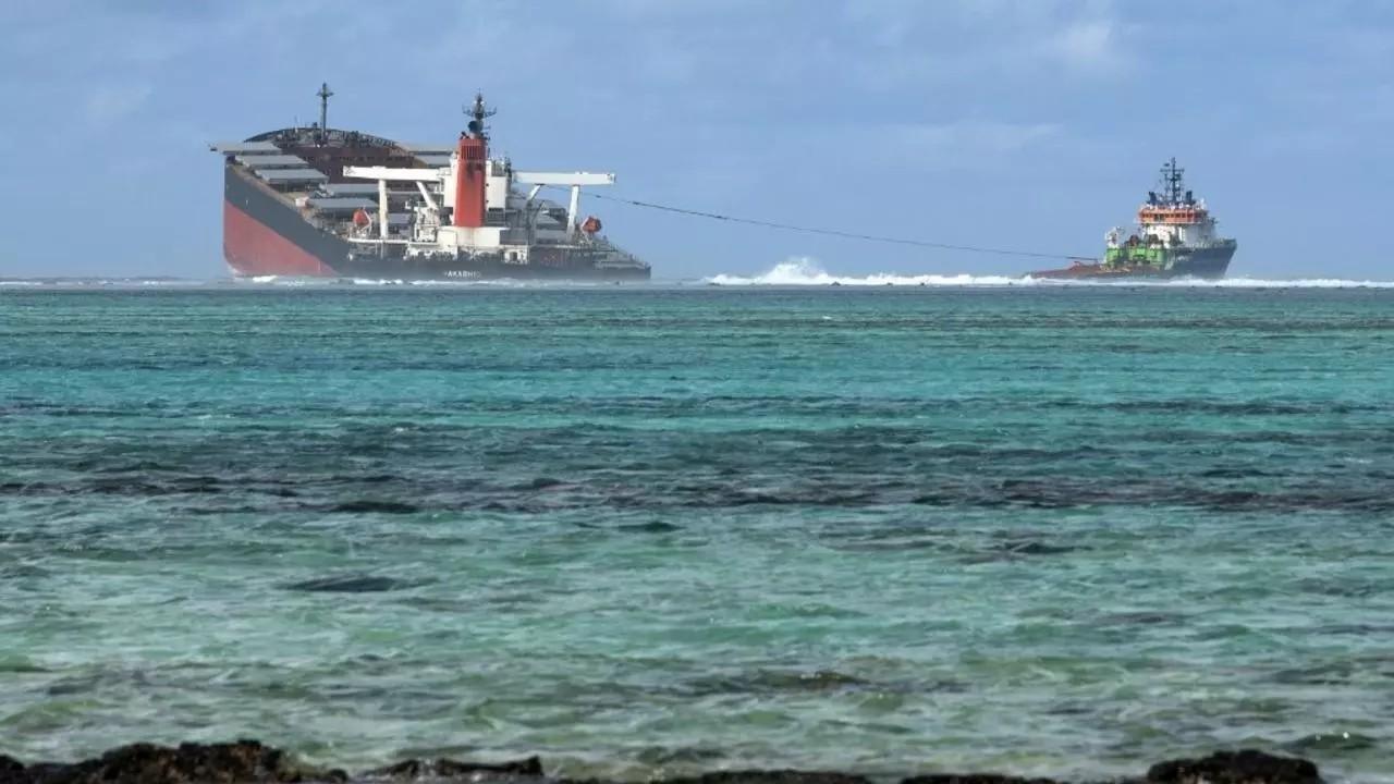 Marée noire à Maurice: l'armateur du navire japonais s'engage à verser 8 millions d'euros