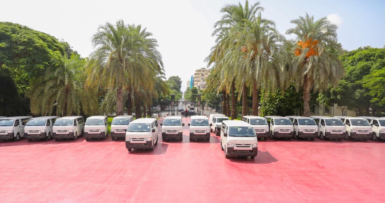 PHOTOS / Transport interurbain: Les nouveaux minibus devant remplacer les véhicules 7 places, réceptionnés