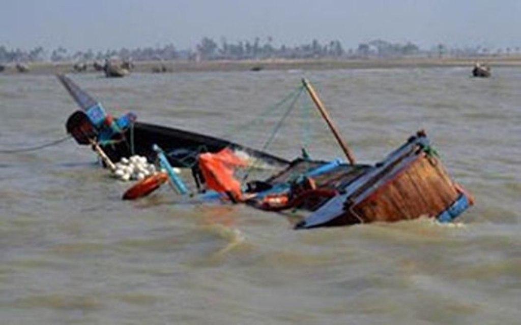 Une pirogue chavire à Podor : 3 personnes portées disparues, un corps repêché des eaux pluviales