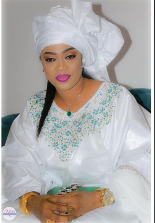 De retour de Dubaï, Sokhna Aida Diallo et ses coépouses débarquent en fanfare