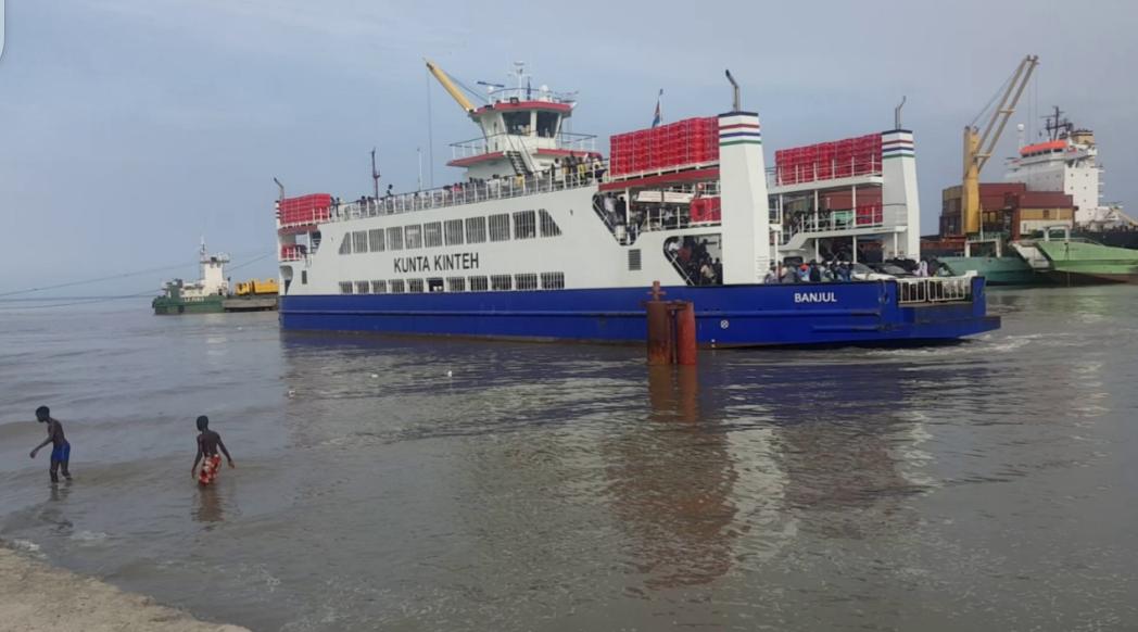 Gambie: le Ferry reprend du service à Banjul et...