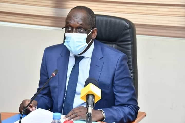Riposte contre la covid19:  Le ministre de la Santé préside une réunion avec les médecins chefs de région