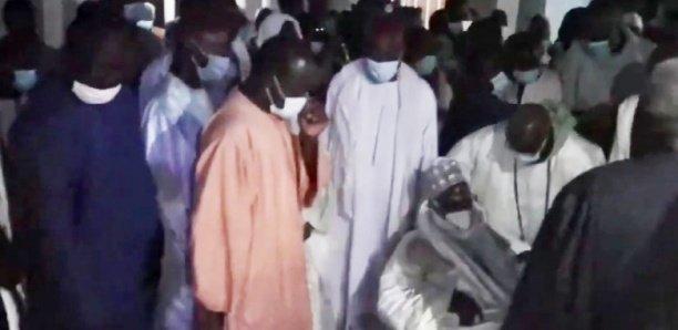 Décès du Khalife de Darou Mousty: Serigne Mountakha Mbacke à l'enterrement
