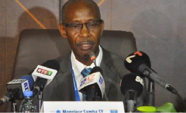 Couvre-feu :  «La situation ne nécessite pas encore un ajustement des horaires de travail», Samba Sy, Ministre Du Travail