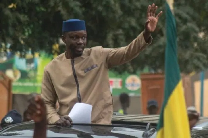 """""""Nemékou Tour"""": Me Doudou Ndoye donne raison à Sonko et tacle le ministre de l'Intérieur"""