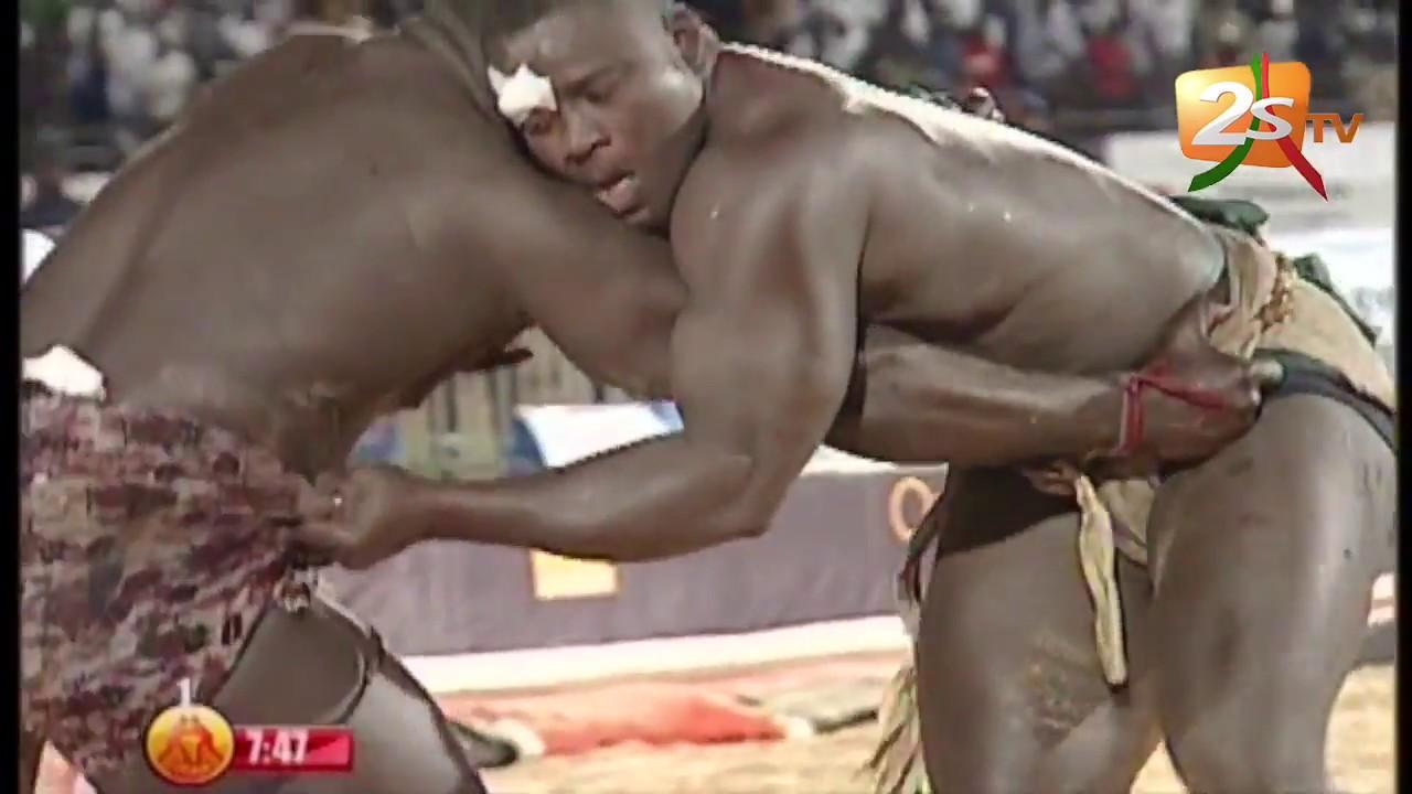 Lambi demb - L'arène en sang: Ardo, l'escale redoutée des lutteurs