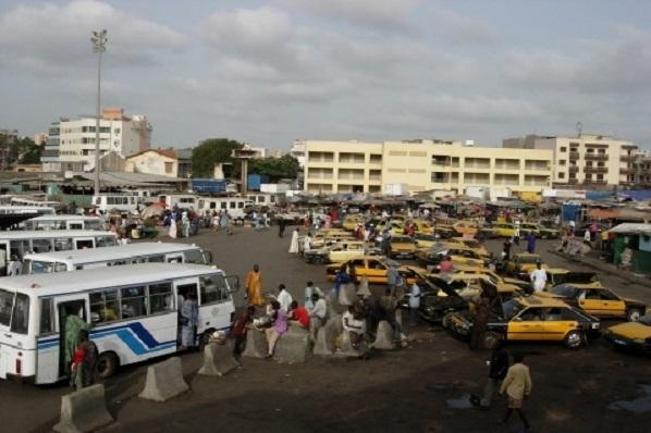 Couvre-feu: Le calvaire sans fin des usagers du transport en commun