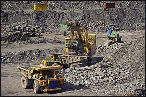 Activités minières: Macky Sall insiste sur le contrôle de la prospection géologique