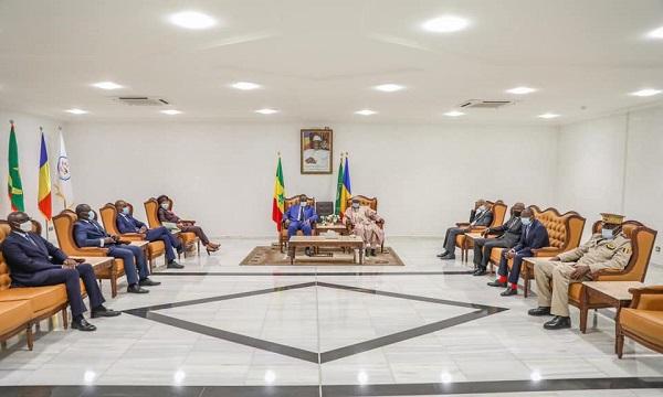 Sécurité: Macky Sall à Ndjamena pour participer à la session élargie du G5