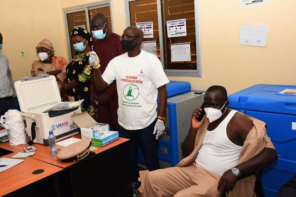 Campagne de vaccination: Oumar Guèye appelle les élus à la mobilisation