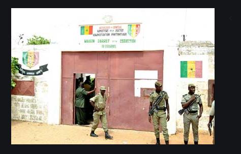 Plus de 15 détenus se sont évadés de la prison de Mbour