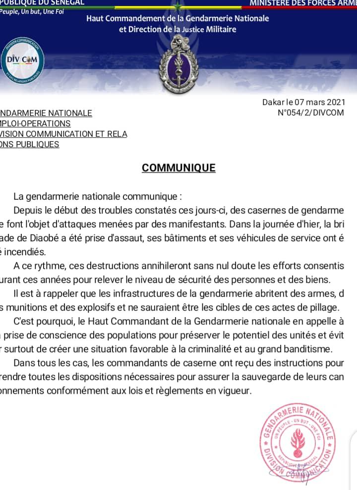 Attaques contre les casernes, la Gendarmerie avertit