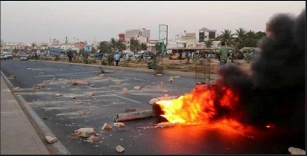 Manifestation dans la banlieue: La route nationale déjà prise d'assaut
