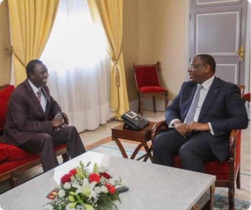 Décès de Thione Seck : Le président Macky Sall présente ses condoléances