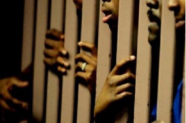 Désengorger la vie carcérale: L'Asred sollicite une «grâce collective spéciale» de 2 500 détenus