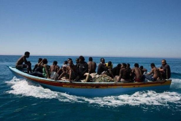 Emigration irrégulière: A Saint-Louis, la police intercepte une embarcation de 16 migrants, dont les 2 convoyeurs