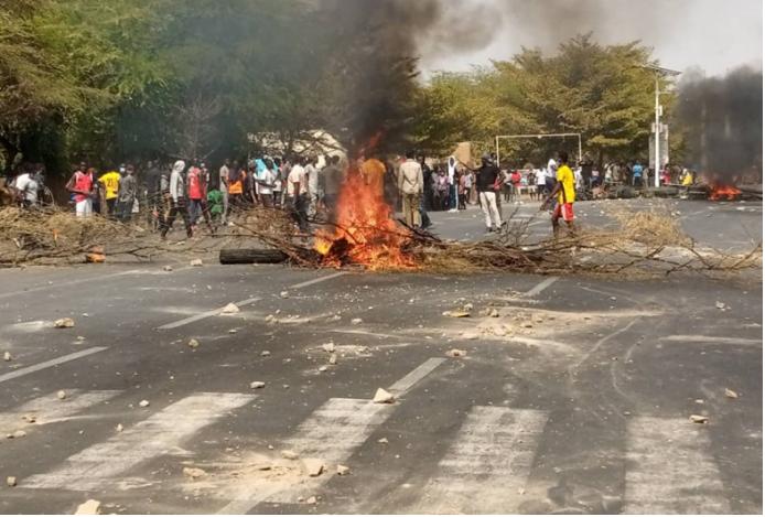 UGB : Les étudiants protestent encore, ce matin
