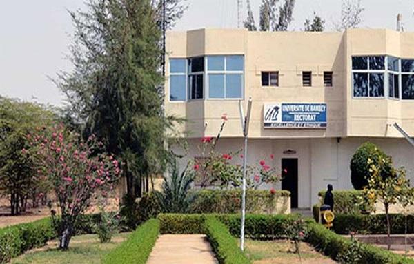 Université Bambey: La CONAES réclame 6 mois de salaire dus aux vacataires