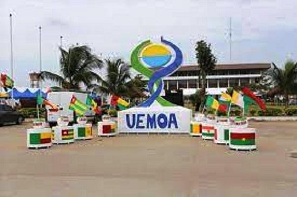 22e session ordinaire de l'UEMOA prévue demain:  Au menu, la Covid-19, l'état de l'Union en 2020, la mise en œuvre des Chantiers de Haut…