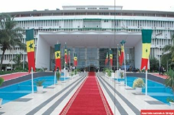 Assemblée nationale : Issa Sall déchu de son mandat, c'est Cheikh Tidiane Ndiaye qui le remplace