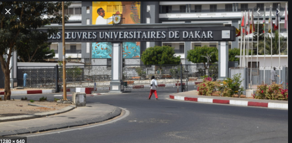 UCAD: Macky Sall hausse le ton et les étudiants approuvent