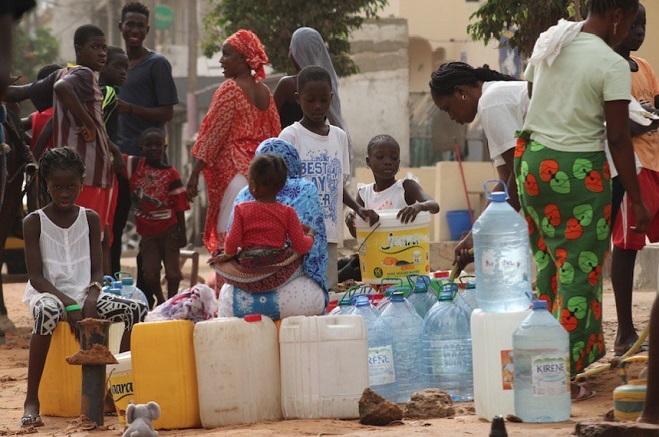 La pénurie d'eau gagne du terrain: Le ministre Serigne Mbaye Thiam en « mode avion »