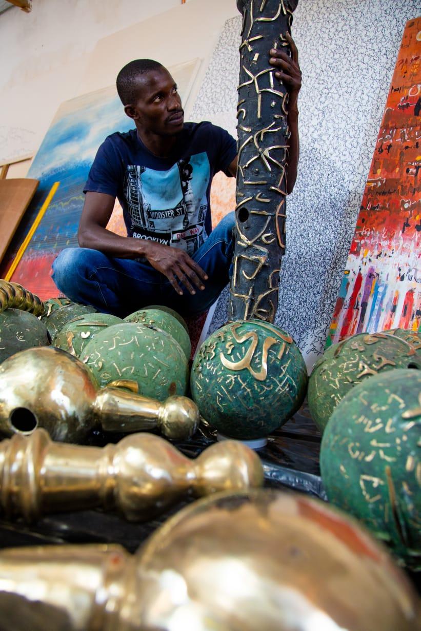"""L'artiste Mbaye Babacar Diouf présente """"Perles de lumière """", en première au Sénégal, du 1er au 10 mai 2021"""