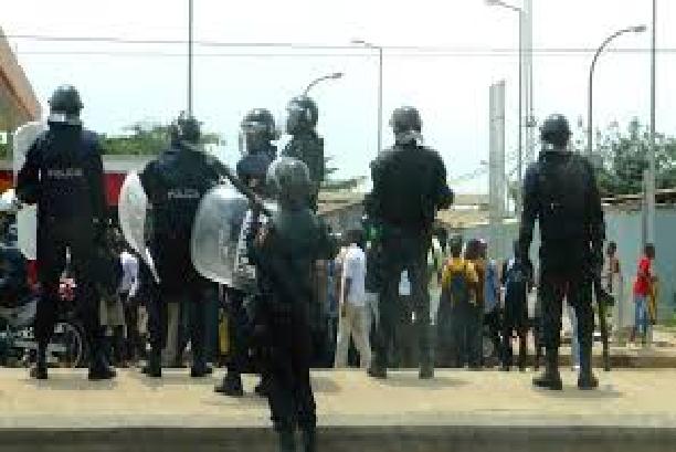 Les gendarmes font foirer le coup: La manifestation  contre le projet de la baie de Hann à Thiaroye-sur-Mer, avorte