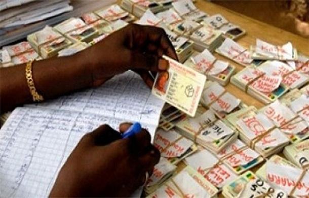 Fichier électoral: 1,5 million « d'électeurs illégaux » recensés, des certificats de résidence à la place de la carte nationale d'identité