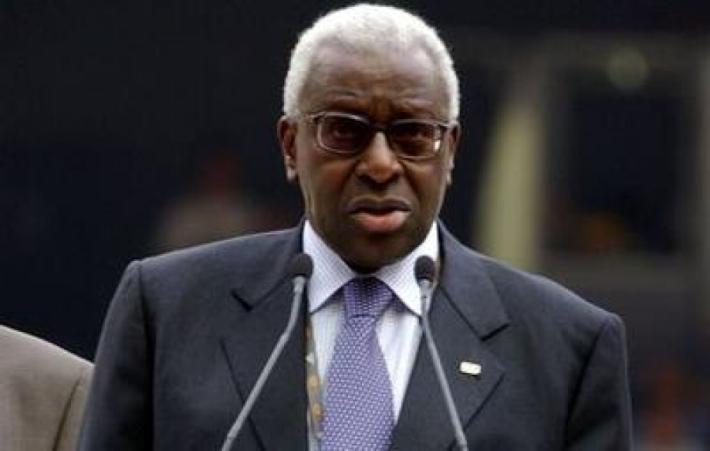 Lamine Diack attendu à Dakar: Son retour différé à demain Lundi