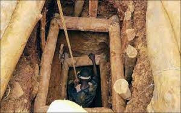 Tragédie en Guinée: L'effondrement d'une mine d'or fait une quinzaine de morts