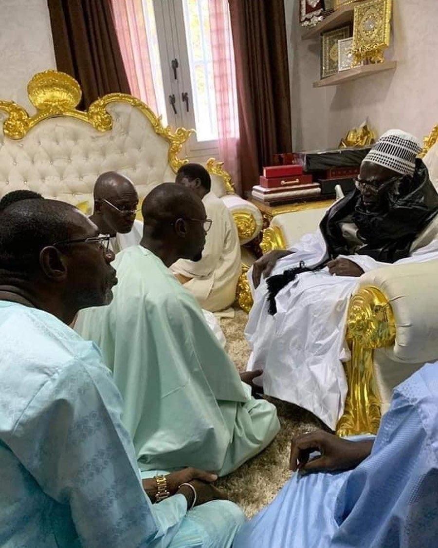 PHOTOS - Ousmane Sonko reçu par le Khalife général des Mourides