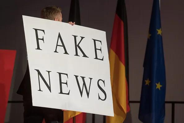 Enquête sur les diffuseurs de fausses nouvelles: Les hommes politiques remportent la palme