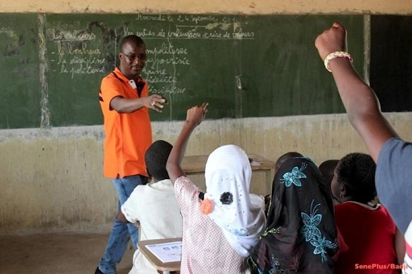 Thiès vers un recrutement des 5 000 enseignants : les facilitateurs en alphabétisation exigent leur part