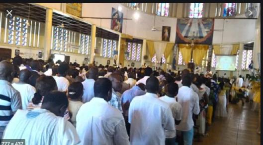 Fête de Pentecôte: La solidarité de la communauté chrétienne, louée