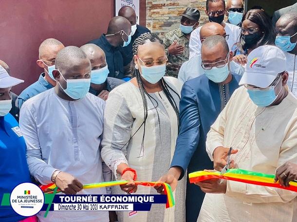 """Tournée présidentielle à Kaffrine : Macky Sall a lancé les plateformes """"Pôle Emploi et Entrepreneuriat"""", ce dimanche"""